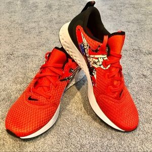 Nike Black Coral Legend React Sneakers BV6125-800